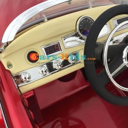 Электромобиль Mercedes-Benz 300C Retro (усиленный аккумулятор, резина, кожа, пульт, музыка, глянцевая покраска)